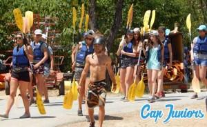 Prêt à pagailler en eau vive, le kayak est fait pour vous...
